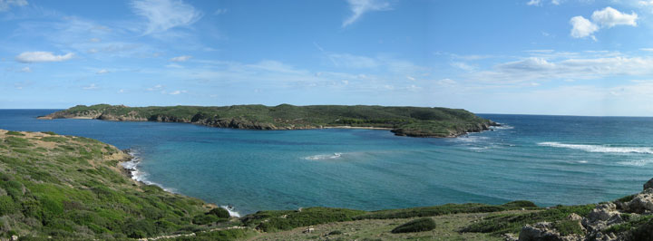 fishingtripmenorca.co.uk boat trips to Isla Colom in Menorca